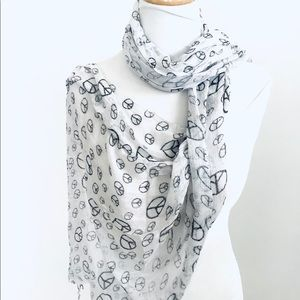 NEW Peace Sign Scarf Black/White